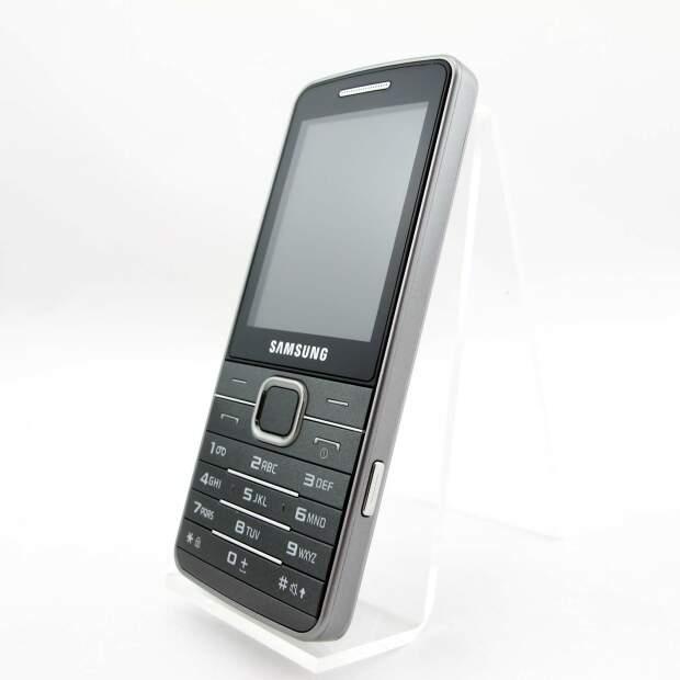 Samsung GT-S5611V