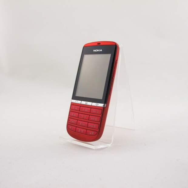 Nokia Asha 300 Rot